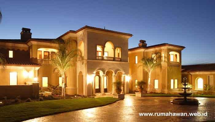Rumah Mewah Dengan Gaya Artistik
