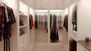 Walk-in-Closet-Bagai-Butik-Pribadi